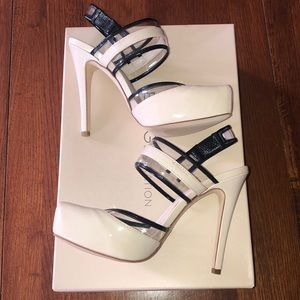 "NWT sexy BCBG ""Pisces"" patent 4.5"" heels"